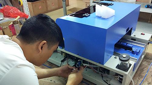 checking of phone case printer